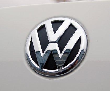Η VW αλλάζει το λογότυπό της