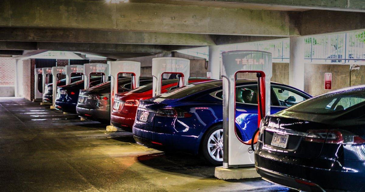 Νέα Υόρκη: Τέλος τα αυτοκίνητα με θερμικό κινητήρα το 2035!